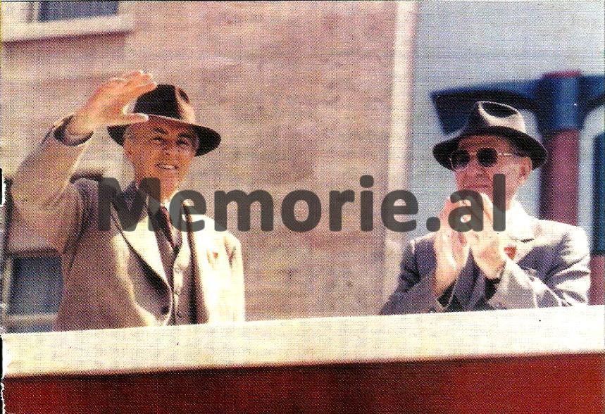 Enver-Hoxha-dhe-Mehmet-Shehu-ne-tribunen-e-Kryeministrise-ne-1-Maj-1981.bmp