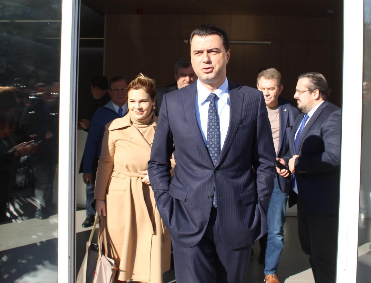 """""""E ardhmja në dorën e Bashës"""", mbyllet takimi i opozitës për reformën"""