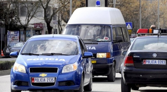 Të shtënat me armë zjarri në Tiranë, policia: Dy persona në spital